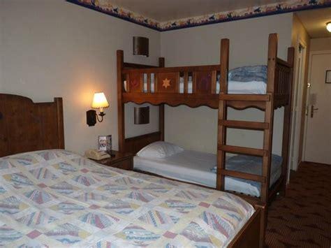 chambre disney chambre picture of disney 39 s hotel cheyenne marne la