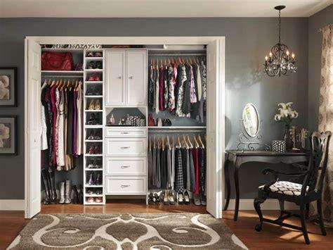 A In The Closet by 95 Ideias De Closet Pequeno Como Planejar Organizar