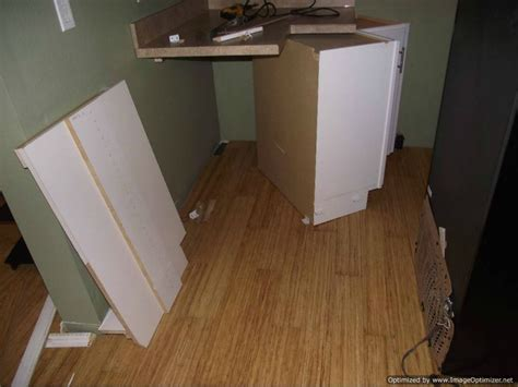 best way to remove laminate flooring laminate flooring best way to get laminate flooring up