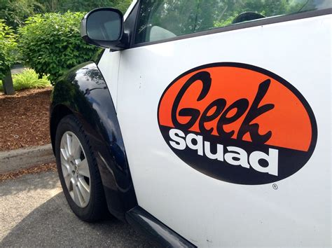 squad geek fbi been together bed paid
