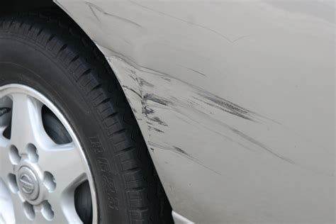 How To Check Cars For Accident Damage