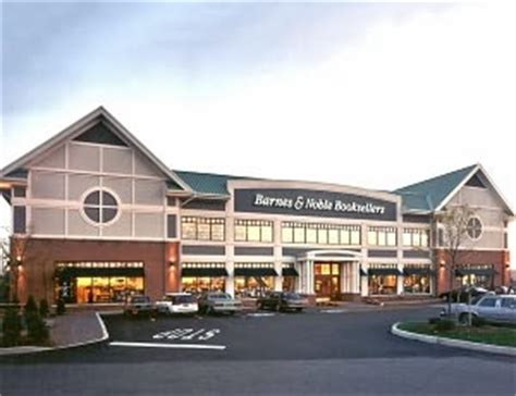 Barnes And Noble Pittsford Ny by Sweet Paul Is Now At 22 Barnes Noble Stores Across The