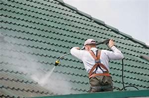 Nettoyage de toiture : comment bien entretenir son toit en tuile ou ardoise