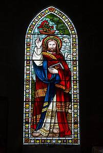 File:Grouville Church stained glass window 02.JPG