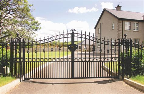 house security fence security gates for homes tennessee valley fence great people building great fences