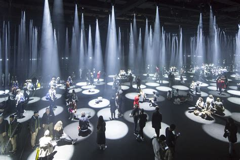 cos è mobile gallery of sou fujimoto installs a quot forest of light quot for