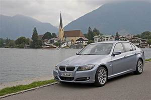 Bmw 320d Xdrive : people bmw 320d xdrive lifestyle e90 lci photo autoviva gallery 381 views ~ Gottalentnigeria.com Avis de Voitures