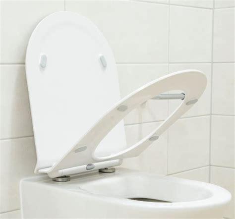 siege de wc siège wc de remplacement plat pour nos wc suspendus