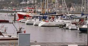 Drop in boat owners berthing at Pwllheli marina and ...