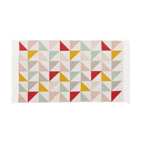 déco chambre bébé vintage tapis motif triangles en coton 60 x 100 cm léa maisons