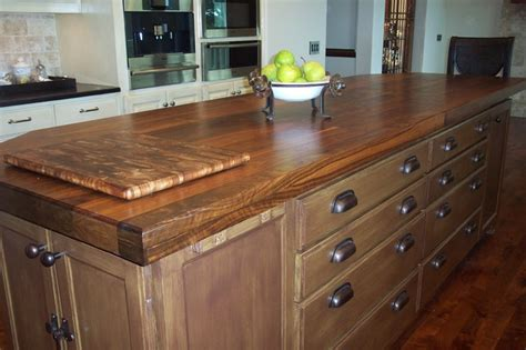 walnut grain counter top