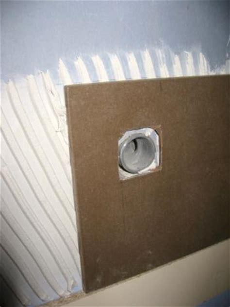 comment percer du carrelage avec une scie cloche faire un trou dans du carrelage trucs et deco