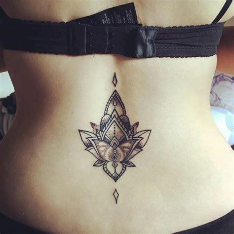 Mejores 【Tatuajes de Flor de Loto】 para Mujeres & Hombres