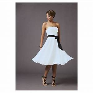 Robe bustier noire et blanche la mode des robes de france for Robe blanche soiree