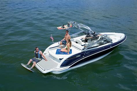 Formula Br Boats For Sale by Chris Craft Boats Formula Boats And Pre Owned Boats At
