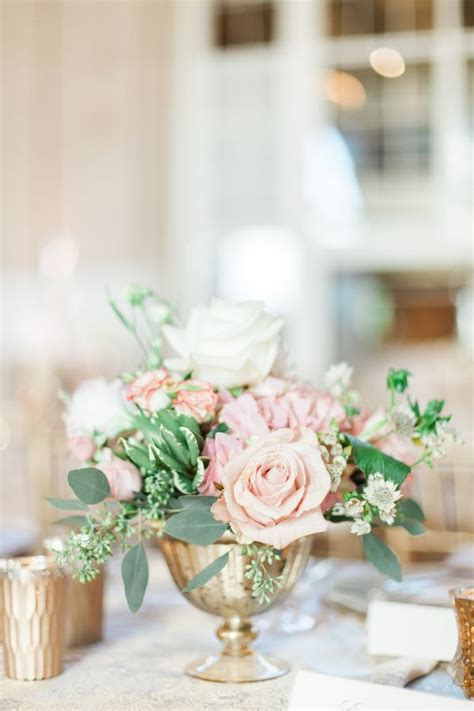 vases for wedding flowers 25 best ideas about gold vase centerpieces on