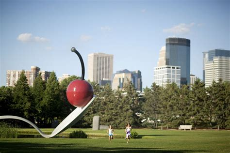 minneapolis sculpture garden centerpoints walker art