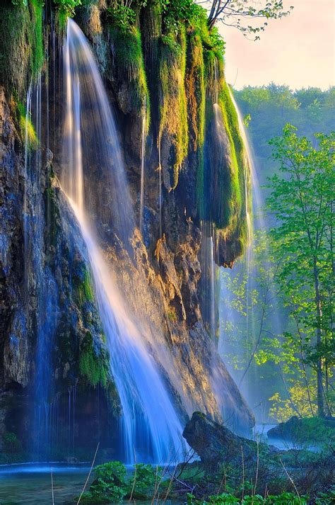 visit  biggest waterfall  plitvice lakes citypal