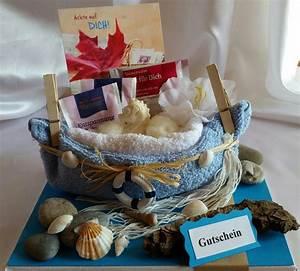 Weihnachtsgeschenke Für Die Frau : geschenke f r frauen gutschein geldgeschenk wellness ein designerst ck von liebevolles ~ Buech-reservation.com Haus und Dekorationen