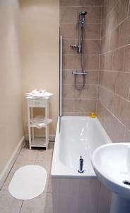Große Fliesen Kleines Bad : kleines bad fliesen mit optischen tricks gr er wirken ~ Sanjose-hotels-ca.com Haus und Dekorationen