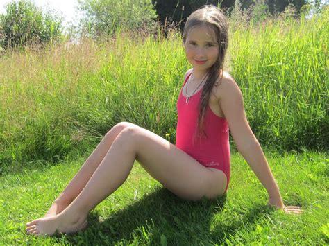 spring images child model stars