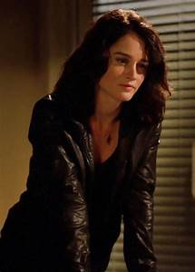 Robin tunney, Lisbon and Robins on Pinterest
