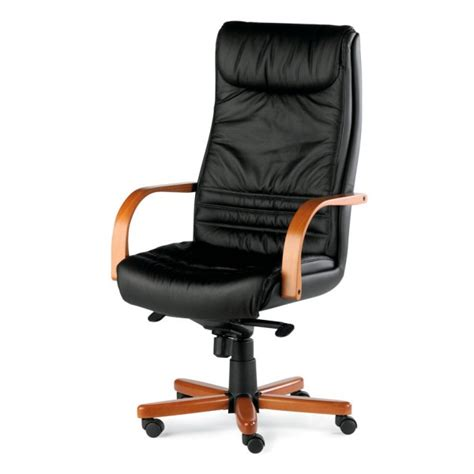 fauteuil bureau en cuir fauteuil président cuir et bois kerlouan lemondedubureau