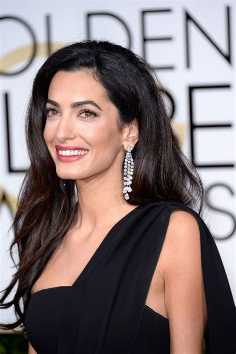 Amal Clooney Steps Out Without Wedding Ring - Arabia Weddings