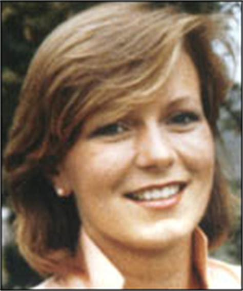 BBC News   UK   Lamplugh police dig for body
