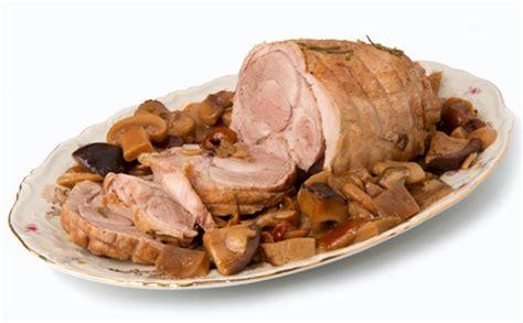 cuisiner le roti de veau rôti de veau en cocotte aux chignons wecook