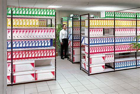etageres archives bureau rayonnage archives fixe étagère dossiers d 39 archives