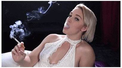 Smoking Max Loves Smokers Usa
