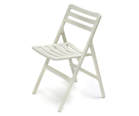 Outdoor Chairs: Folding Air Chair