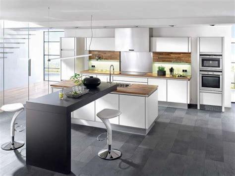 modele de cuisine moderne avec ilot modele de cuisine americaine avec ilot central 2