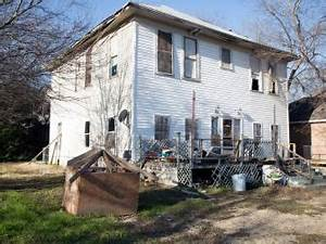 Fixer Upper Season 1 HGTV's Fixer Upper With Chip and