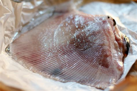 cuisiner l aile de raie aile de raie au citron 171 cookismo recettes saines