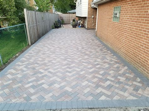 unilock hollandstone unilock hollandstone color charcoal boarder with 45