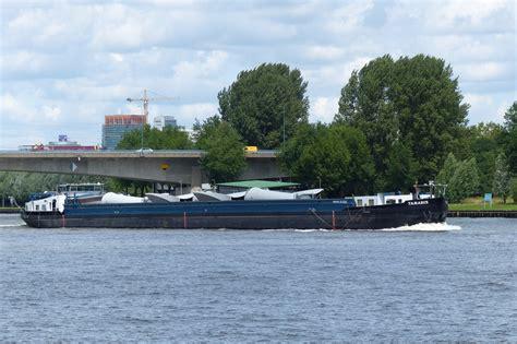 Scheepvaart Amsterdam Rijnkanaal by Gespot Op Het Amsterdam Rijnkanaal E O Pagina 10