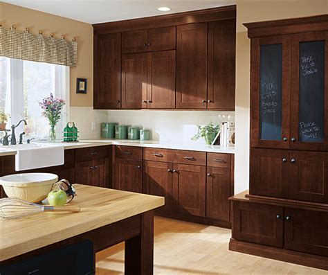 shaker style cabinets images shaker style kitchen cabinets kemper cabinetry