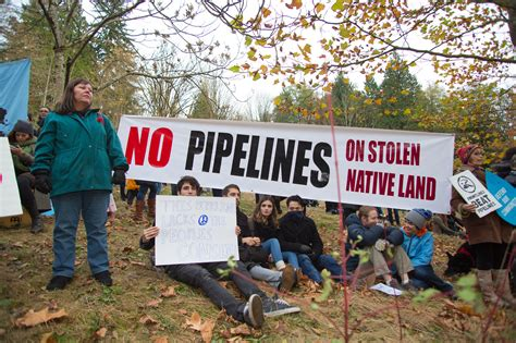 As Kinder Morgan Decision Looms, Trudeau's New Pipeline ...