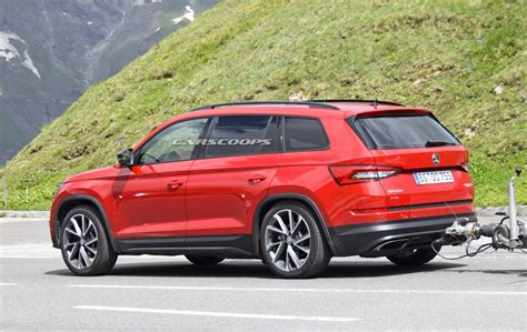 New Skoda Kodiaq Rs Officially Previewed In The Hands Of