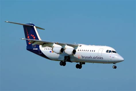 brussels airlines r駸ervation si鑒e lufthansa exercises option to take brussels airlines