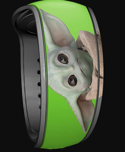 A New and VERY Limited Edition Baby Yoda MagicBand Has ...