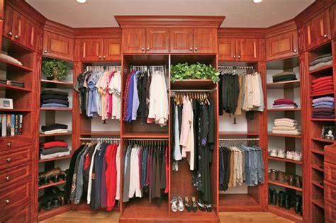 master walk in closet suite