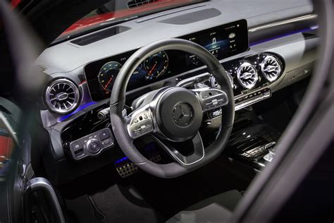 geneva motor show mercedes benz cla shooting brake