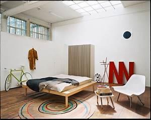 Atelier Einrichten Tipps : so richtet mann eine junggesellenbude ein sweet home ~ Markanthonyermac.com Haus und Dekorationen