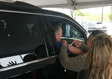 Drive-thru flu shots help Del. prep for larger public