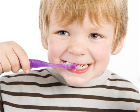 jeu fille cuisine les 10 astuces pour faire du brossage des dents un jeu maman plurielles fr