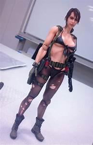 New photos of the MGSV Quiet figure by Play Arts – Metal ...