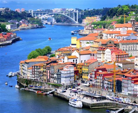 Car Rental In Porto Airport Portugal by Budgeted Car Hire For Porto Airport Book Now
